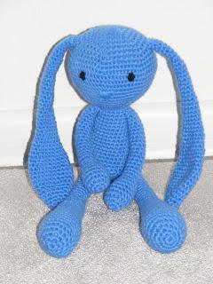 niebieski :-)
