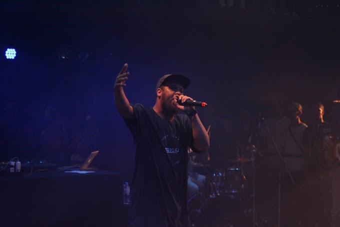 "Show no CCSP revisita ""Non Ducor Duco"", disco que colocou de vez Kamau na história do rap nacional"