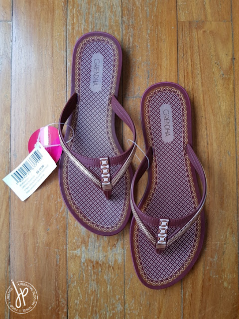 burgundy colored thong sandals