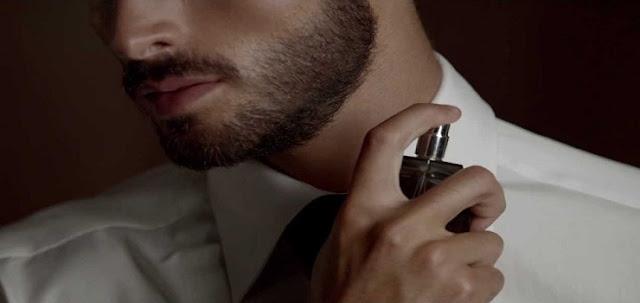 7 Parfum Pria Terlaris ,Terpopuler Dan Terfavorit, Dengan Pilihan Aroma Yang Dapat Menggoda Wanita