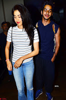 Jhanvi Kapoor and Ishaan Khattar   The Dhadak Movie Pair Spotted Dining Together ~  Exclusive Galleries 006.jpg