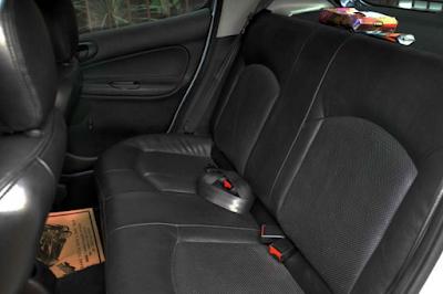 Interior Peugeot 206