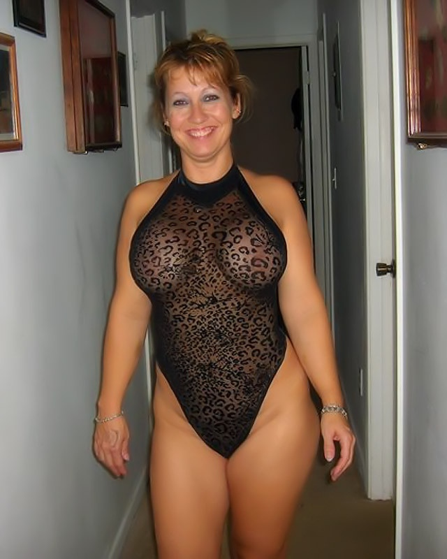 Thick Milfs And Cougars Random Pics And Gifs No Category