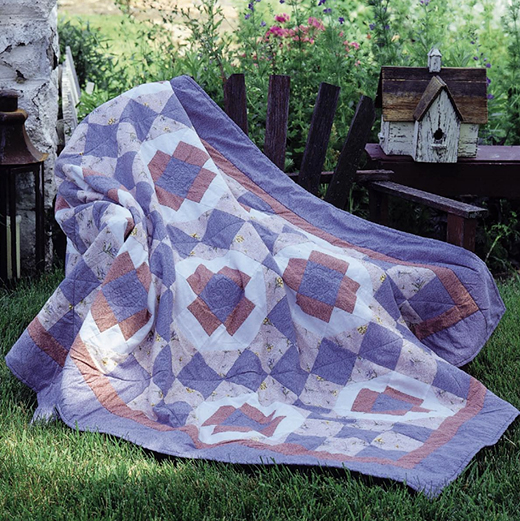Garden of Flowers Quilt Free Pattern designed by Holly Daniels of FreePatterns