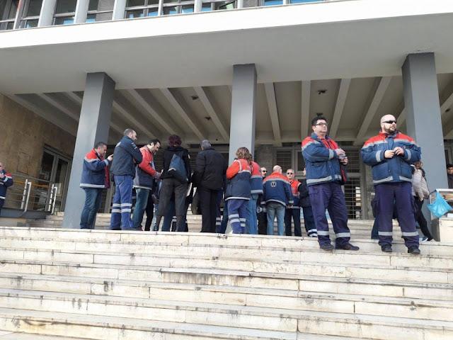 Θεσσαλονίκη: Στα δικαστήρια οι εργαζόμενοι του ΕΚΑΒ - Καταγγέλλουν τραγικές ελλείψεις
