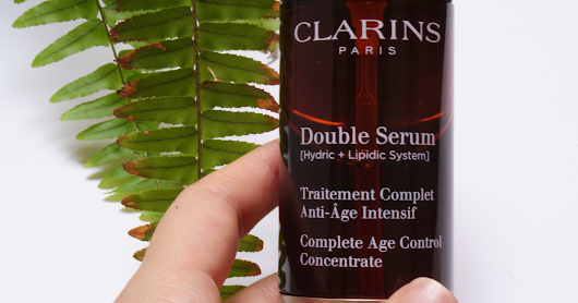 POST VERANO: REPAIR SKIN · DOUBLE SERUM CLARINS