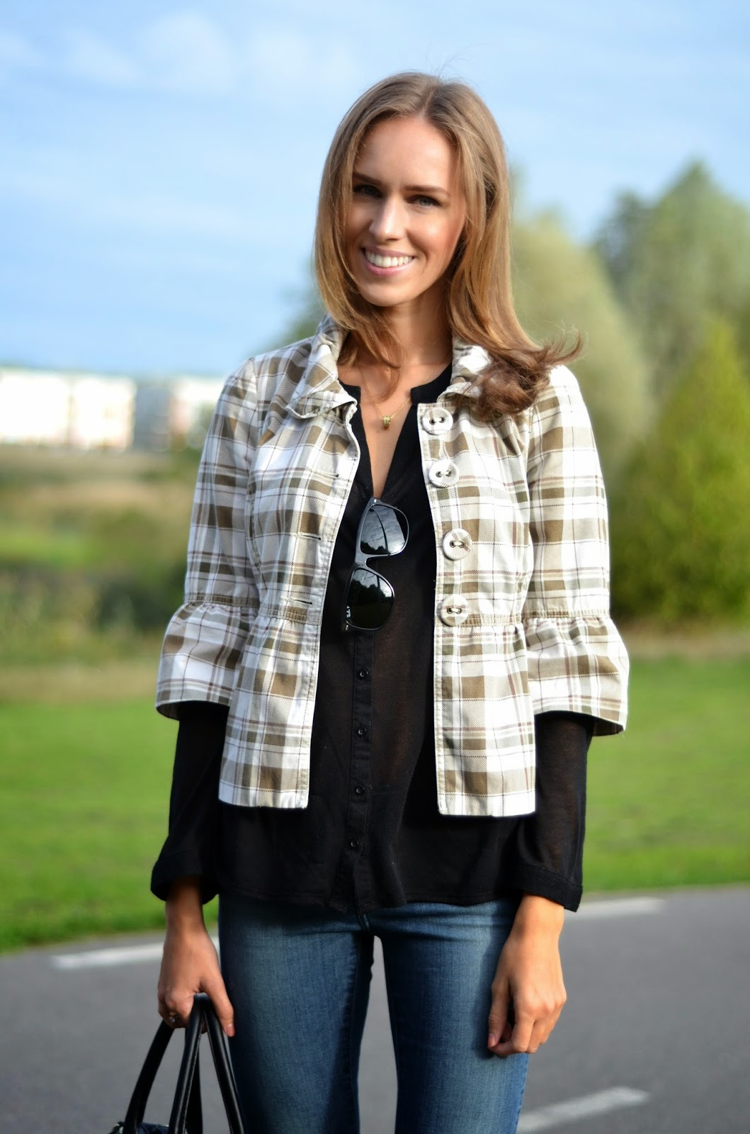 bershka peplum jacket black shirt fall outfit