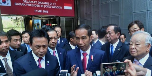 Presiden Jokowi: Jangan Abaikan Diplomasi dalam Membangun Maritim