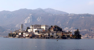 The Isola San Giulio in the middle of the beautiful Lago di Orta in Piedmont, not far from where Falda was born