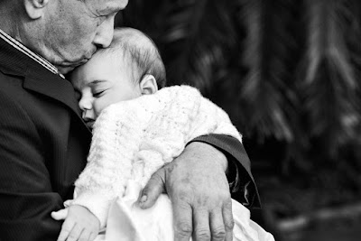Πηγή: https://christening.skippingstone.com.au/gallery/twin-christening-st-nectrios-greek-orthodox