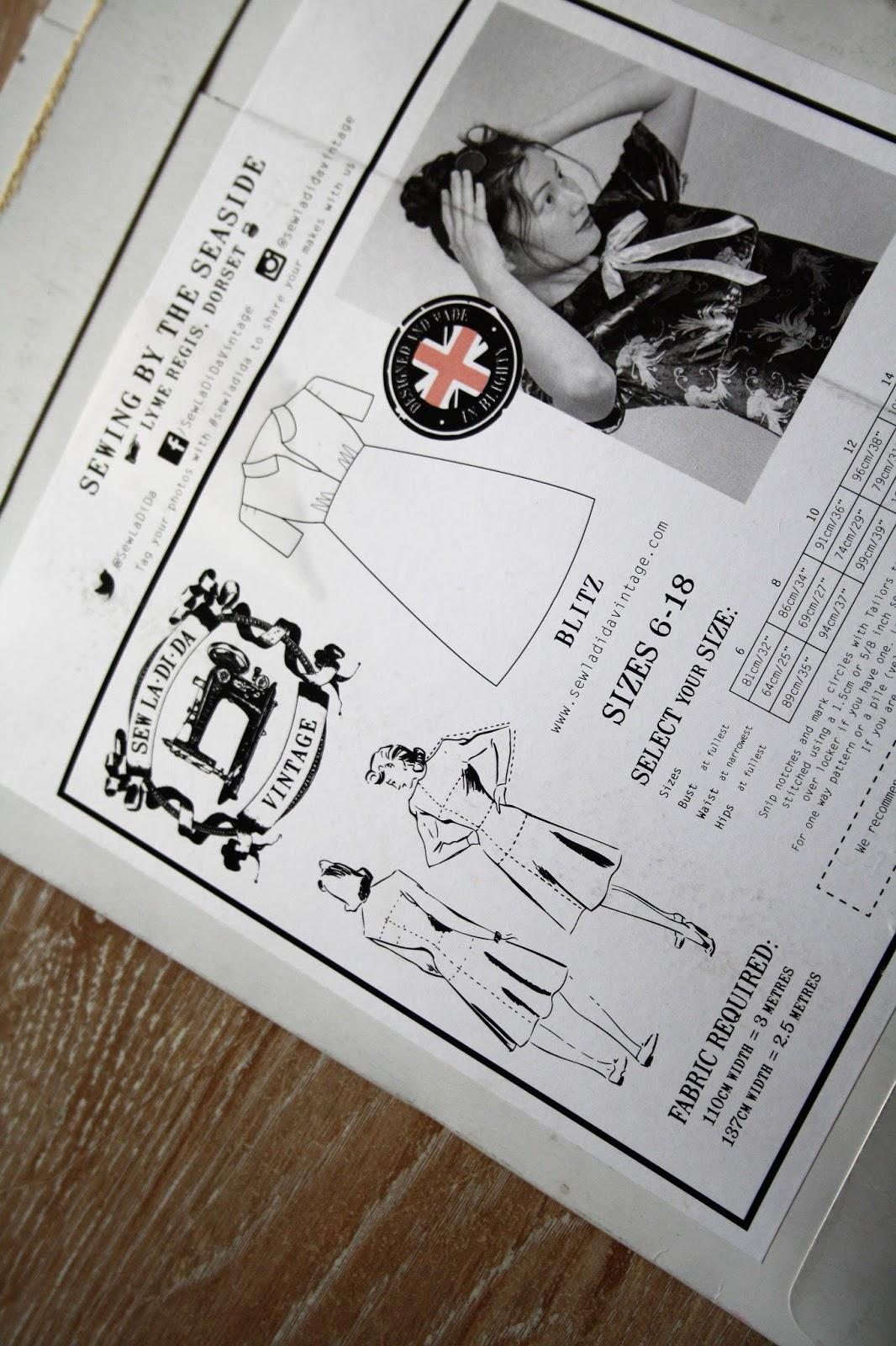 KnitWitsOwls: The Blitz Dress - Sew La Di Da Vintage - Review