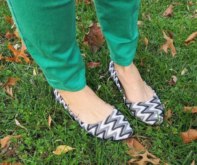 Black White Zig Zag Shoes Outfit