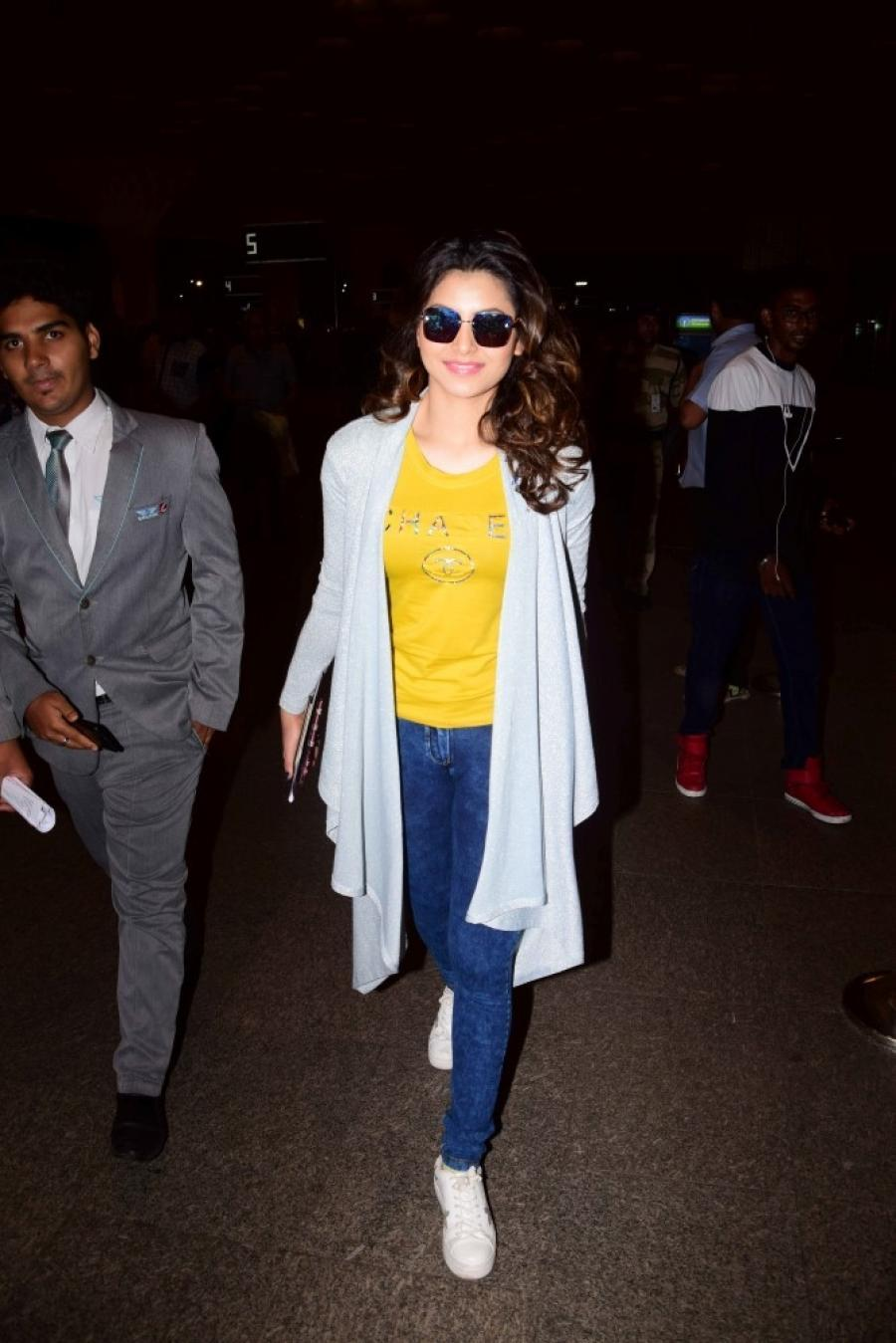 Bollywood Model Urvashi Rautela Spotted At Mumbai Airport