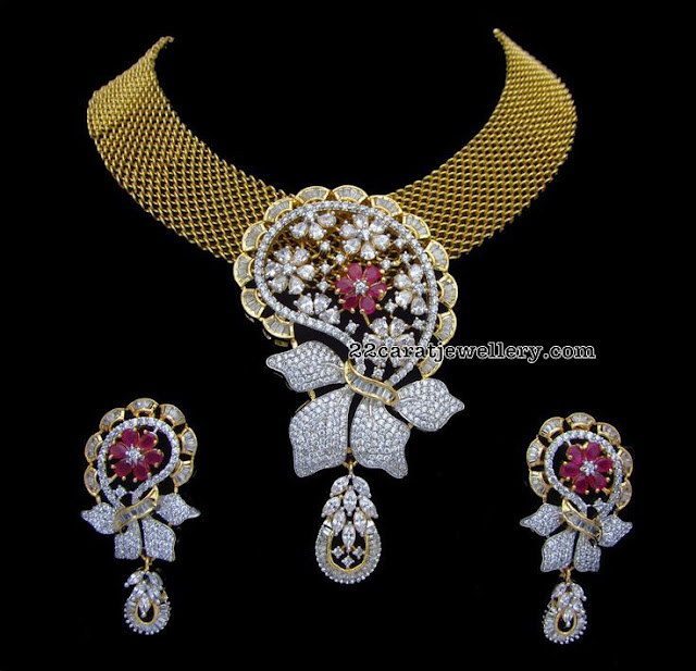 Broad Choker with Diamond Pendant
