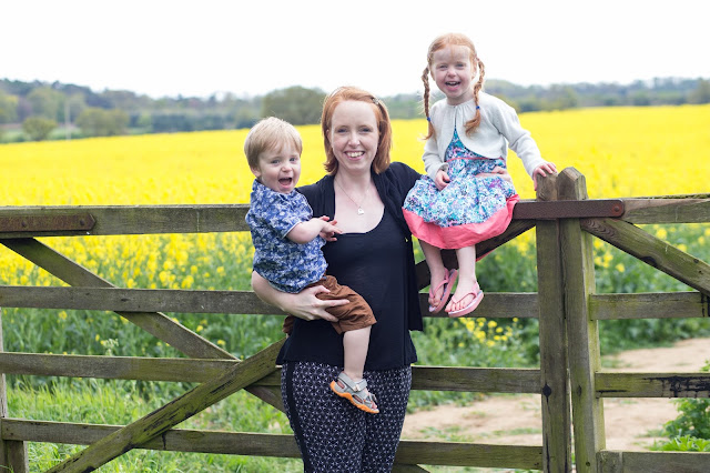 what the redhead said blogger and her son and daughter