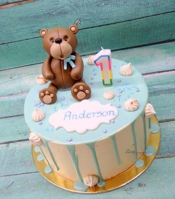 drip cake na roczek