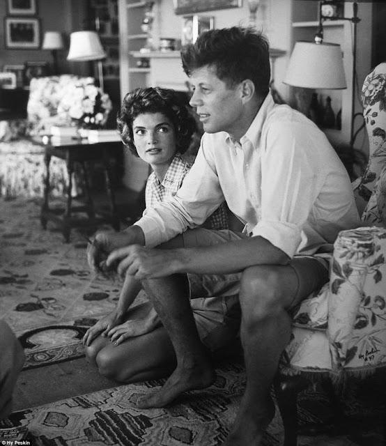 JFK John F. Kennedy Jackie Kennedy Hyannis Port randommusings.filminspector.com