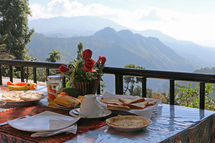 Frühstück mit Blick auf Ella Gap