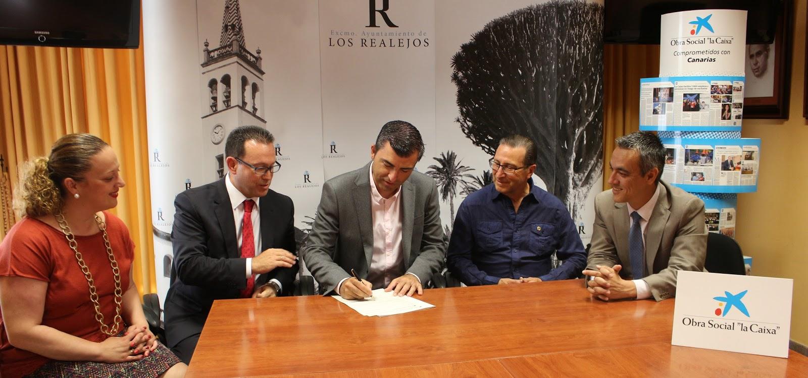 Radio realejos fm 107 9 ayuntamiento obra social de la for Oficinas la caixa leon