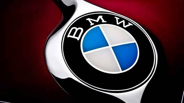Trump warns BMW it faces 35% border tax on Mexican-built 3 series