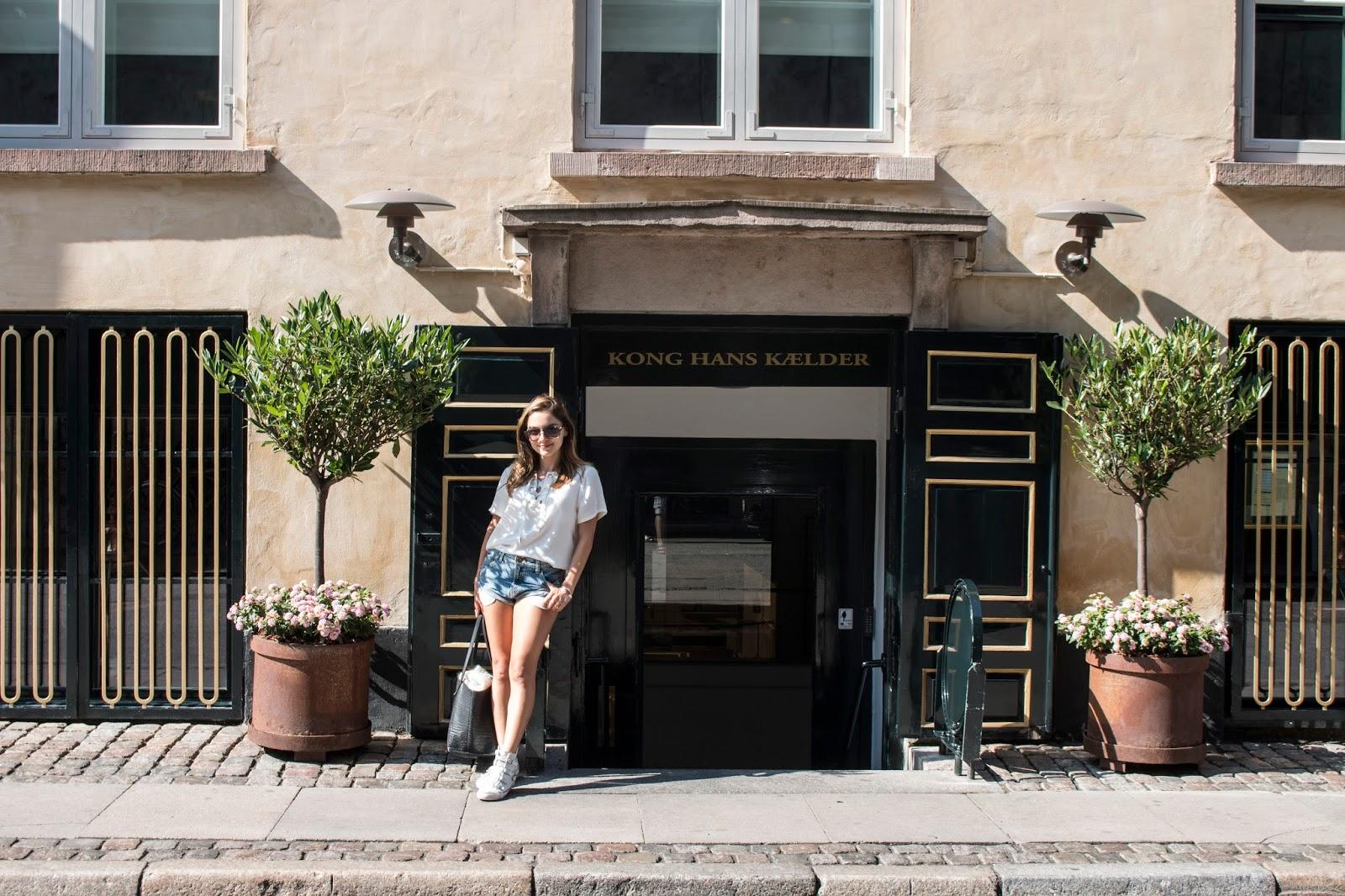Whitney's Wondeland UK Top Gourmet Luxury Restaurant Critique and Food Blogger reviews Kong Hans Kaelder in Copenhagen, one of the best Michelin Star restaurants in the world.
