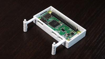 Raspberry Pi Zero WHとADRSIR用ケースにPi Zeroを入れた