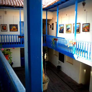 Interior do Museo de Arte Contemporaneo, em Cusco