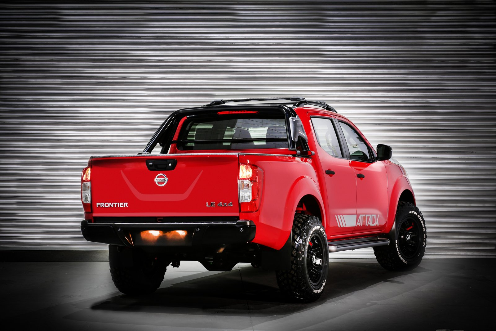 nissan frontier attack concept unveiled in buenos aires carscoops. Black Bedroom Furniture Sets. Home Design Ideas