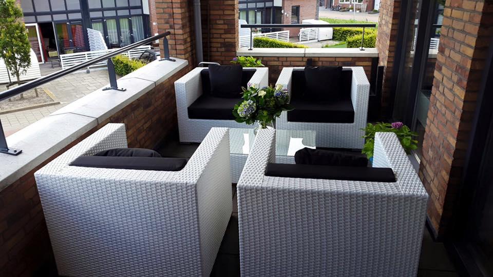 Arbrini design tuinmeubelen - Terras tuin decoratie ...