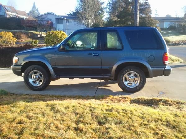 2000 ford explorer sport 4wd for sale 4x4 cars. Black Bedroom Furniture Sets. Home Design Ideas