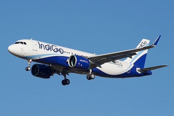 Nearly 30 Indigo flight schedules to be affected per day due to weather Hindi mein Samachar