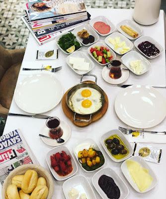 yeşil zeytin cafe kahvaltı mekanları çayyolu ümitköy ankara