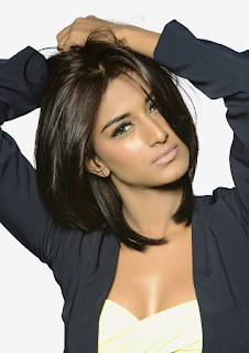 Most Popular Celebrities Erica Fernandes HD Wallpapers12.png