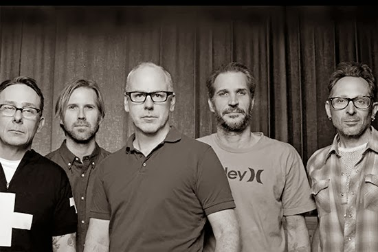 <center>Mike Dimkich replaces Greg Hetson in Bad Religion</center>