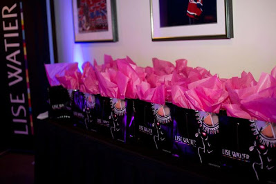 Lise Watier branding shopping bags at Oprah Winfrey Event