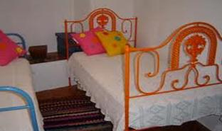 dc41e1895 NAQUELE TEMPO, as camas, de quem as tinha, eram maioritariamente de ferro.  Os colchões de molas já existiam, mas andavam muito afastados das nossas  vidas[1] ...