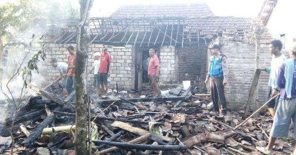 Lupa Matikan Tungku, Api Melahap Habis Rumah Gemiyati
