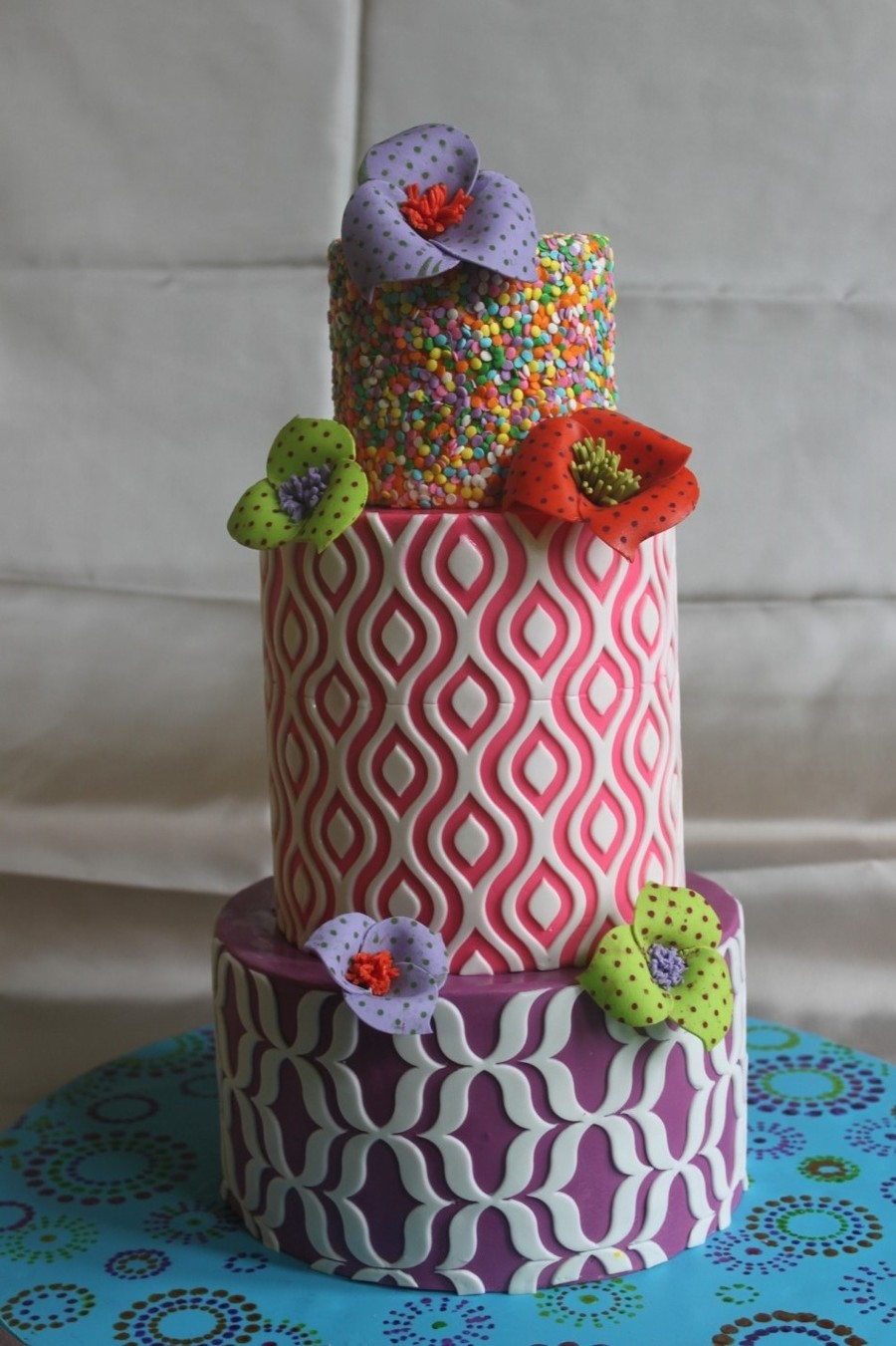 The Sensational Cakes Colorful Modern Pattern Wedding