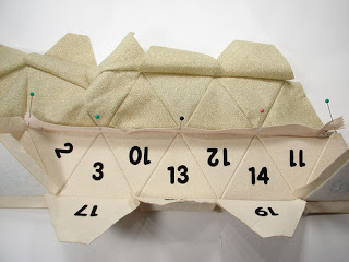 como hacer una cartera de mano de cuero