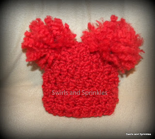 Swirls and Sprinkles: Free crochet newborn pom hat pattern