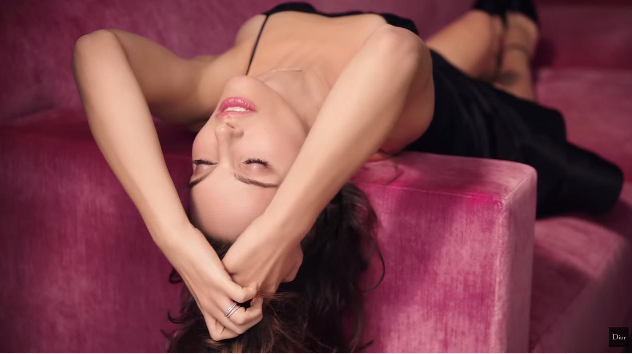Nome modella Pubblicità Dior profumo Miss Dior 2016 con Foto attrice