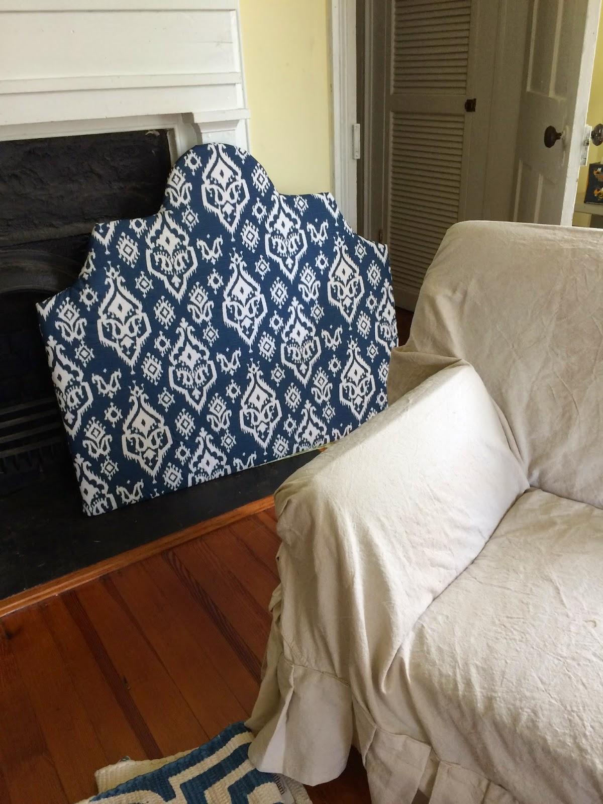 Dorm Room Headboards: The Old Post Road: Dorm Room Details Year 4