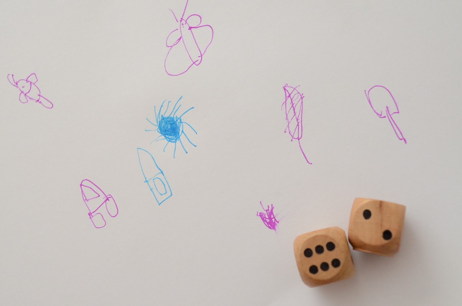 The Practical Mom: Throw the Dice & Draw! Game for Ages 4+