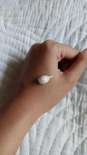 REVIEW St. Ives Blemish Control Aprikot Scub Untuk Kulit Berminyak Dan Berjerawat