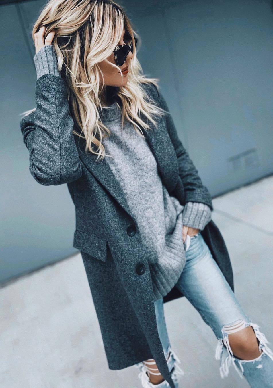 cozy fall outfit / grey sweater + coat + distressed jeans