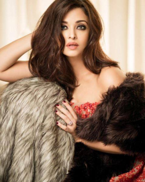 Aishwarya Rai Bachchan looks drop-dead gorgeous in latest photo shoot