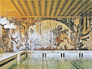 Тот самый бассейн на даче в Форосе, украшенный уникальными камнями