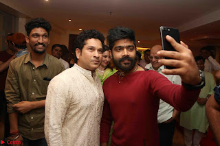 Sachin Tendulkar with his wife at Mata ka Jagrata hosted by Anu Malik 13.JPG