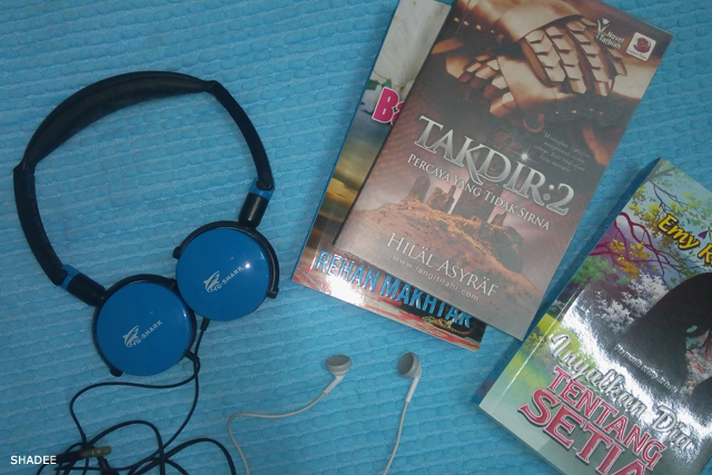 reading book and listening to music