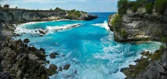 Lokasi tempat wisata secret beach nusa ceningan, bali